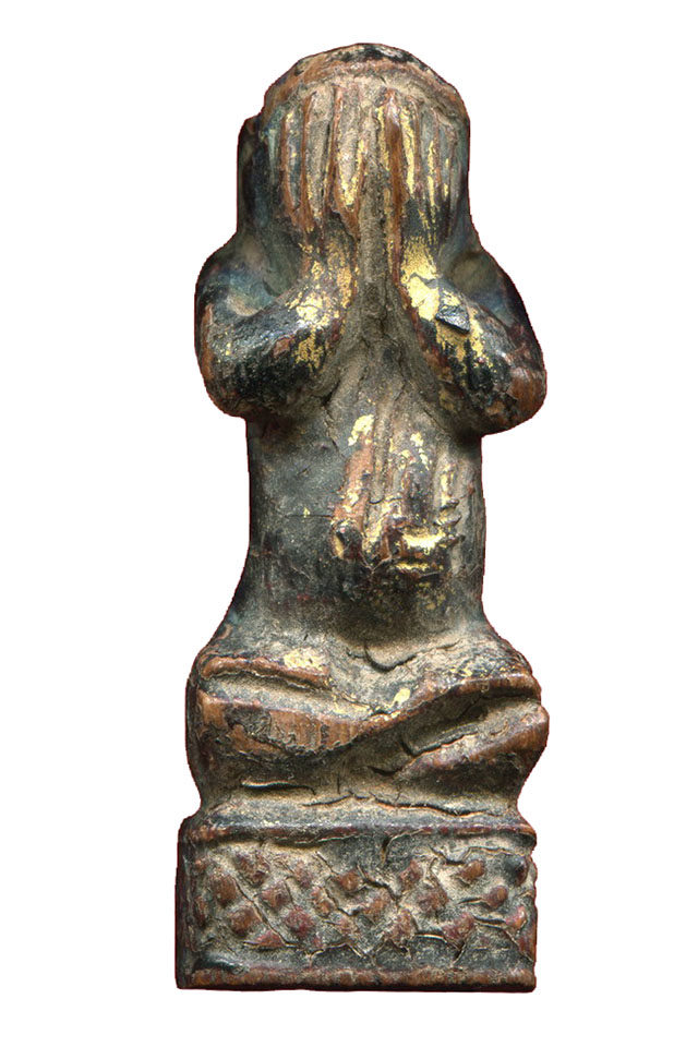 Pidta Thaan Sung Carved wooden Buddha Luang Phu Rod Wat Ko Non